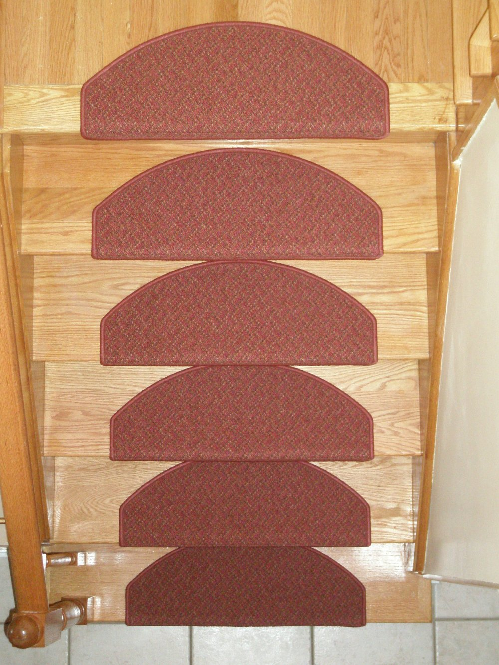 Carpet Stair Treads for Dogs, Pet's friendly Stair Mats ...