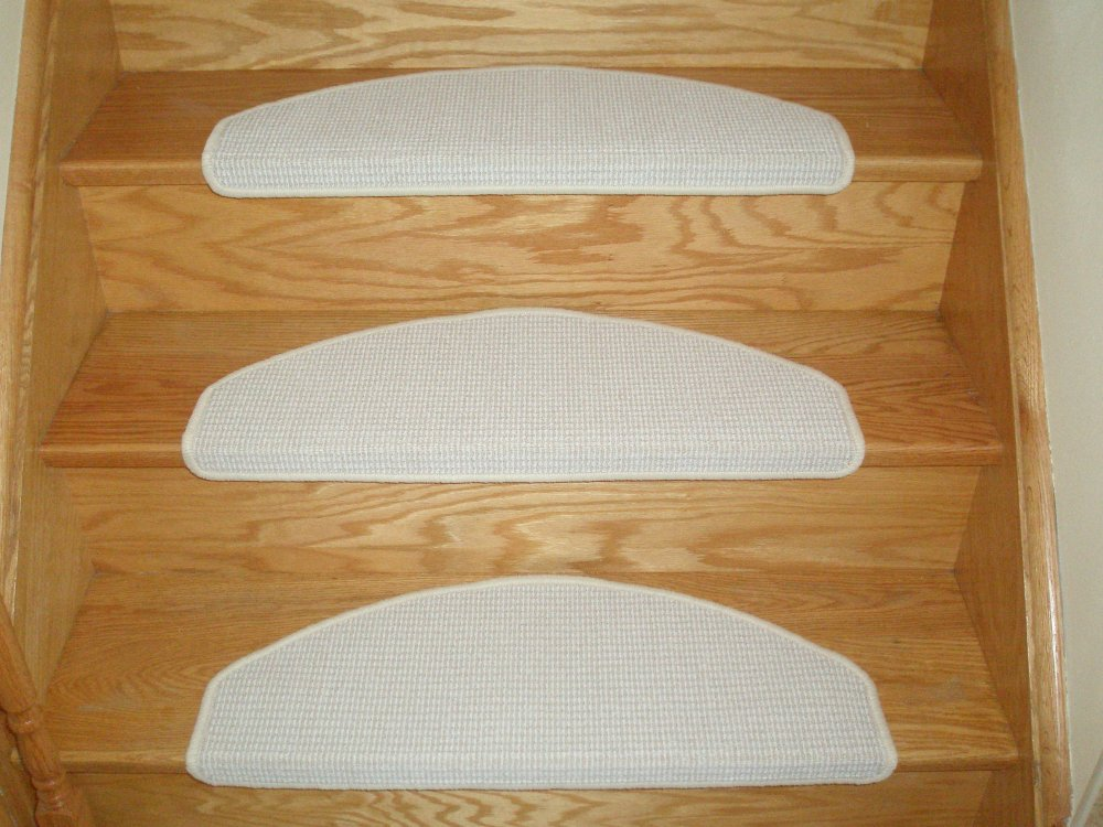 Stair Carpet Installation, DoItYourSelf Carpet Stairs - Stair Mats