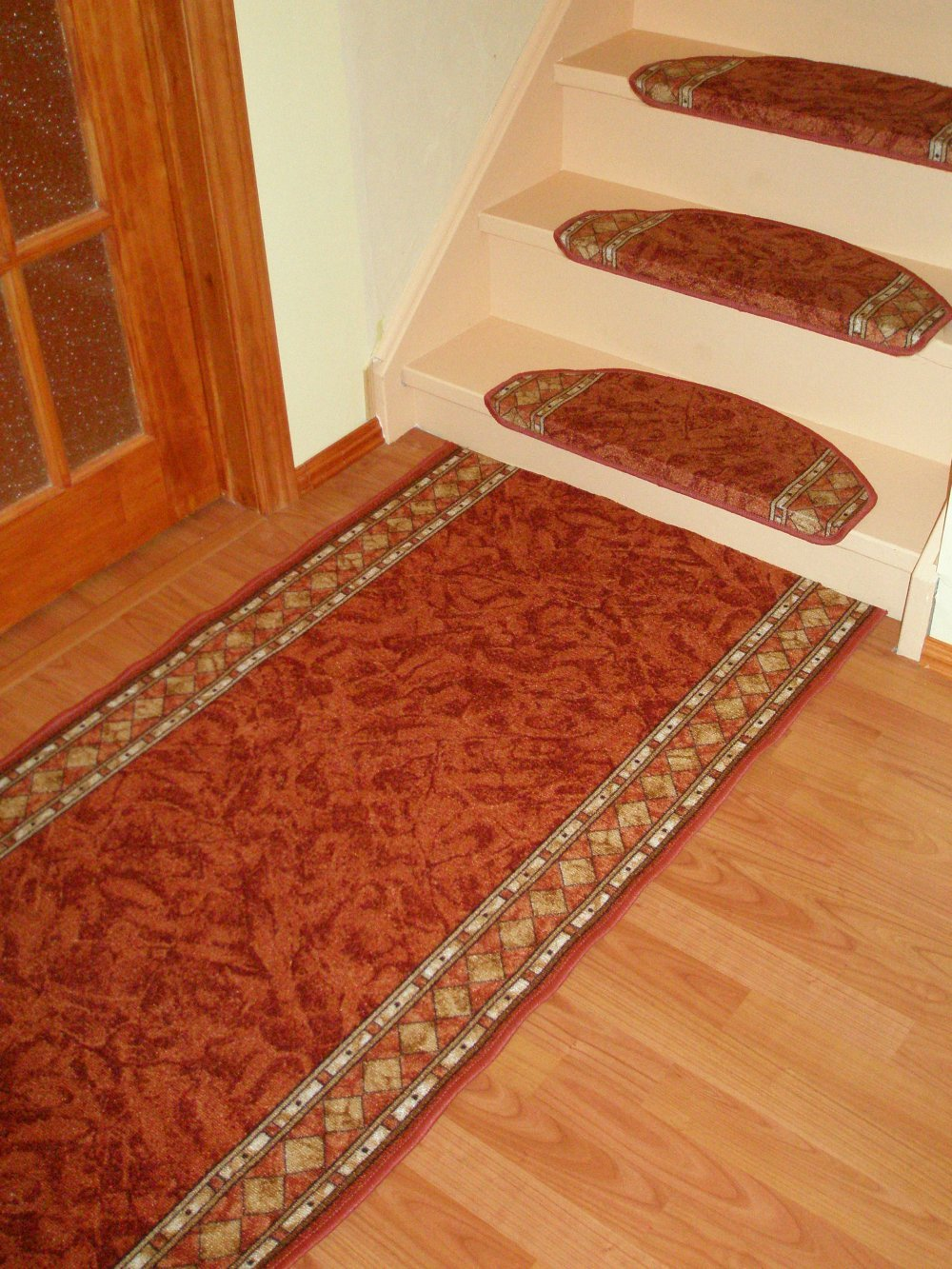 High Quality Carpet Stair Treads made in Europe buy in Canada